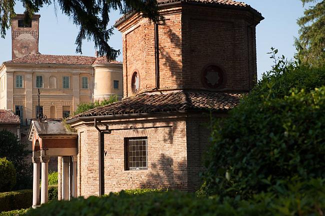 Castello di Uviglie | Viticoltori dal 1491 a Rosignano Monferrato
